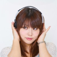 N112_headphone500-thumb-750x500-1946