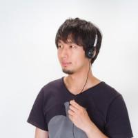N112_headphonedeongakudansei500-thumb-750x500-2022